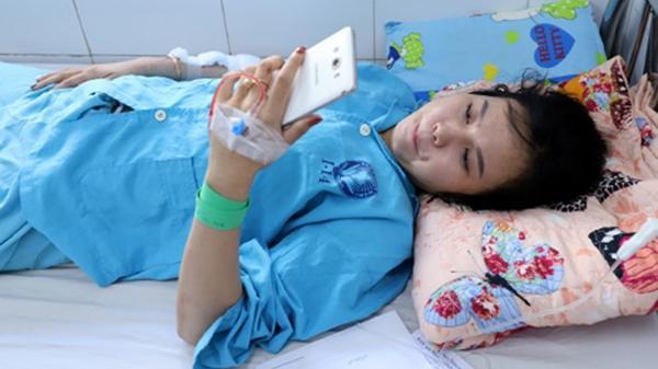 Nối cánh tay đứt lìa cho người phụ nữ trong vụ xe chở sinh viên lao xuống đèo Hải Vân