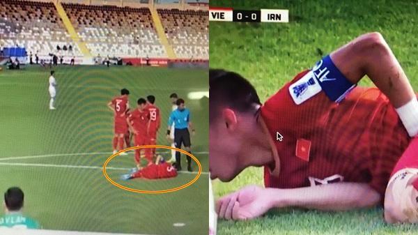 Quế Ngọc Hải lăn xả trên sân, hết mình cản phá bóng trước sự tấn công dồn dập của tuyển Iran