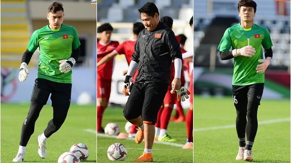 Trợ lý HLV Việt Nam từng mắng 2 CĐV vì chỉ trích Văn Lâm tại sân trước trận gặp Iran