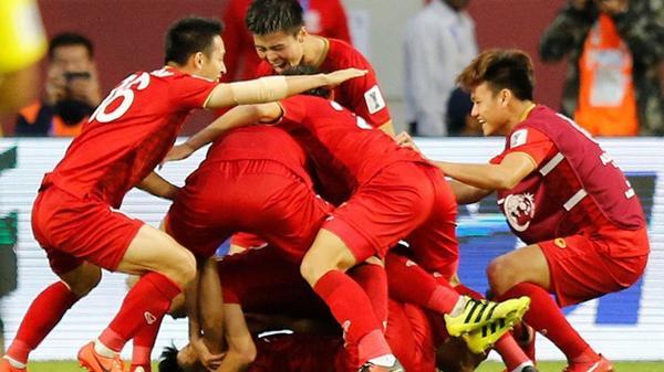 Thái Lan 1-2 Trung Quốc: Thái Lan thua cay đắng, Việt Nam trở thành đại diện duy nhất của Đông Nam Á góp mặt tại tứ kết Asian Cup