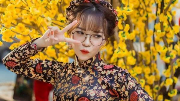 Hot girl Gia Lai đón Tết với bộ ảnh áo dài cổ điển