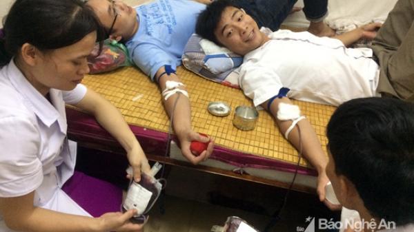 Bác sỹ hiến máu cứu sống sản phụ bị băng huyết