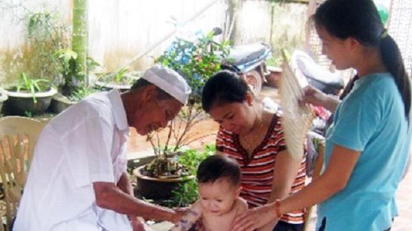 Thái Bình: Những việc làm lạ đời của lương y có thư cảm ơn được tính bằng kilôgam