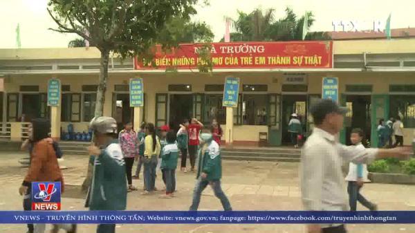 Thái Bình: Hàng loạt phụ huynh trường tiểu học BẤT NGỜ đồng loạt cho con nghỉ học