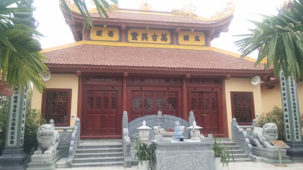 """Ngôi chùa """"khủng"""" và xây nhanh hiếm thấy tại Quỳnh Phụ - Thái Bình"""
