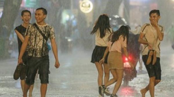 TIN VUI: Sau nhiều ngày nắng nóng, hôm nay miền Bắc sẽ có mưa, nhiệt độ giảm dần