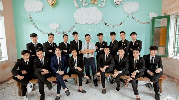 Thái Bình: Ngắm trọn bộ ảnh 'dậy thì thành công' lung linh độc đáo của dàn mỹ nam lớp 12
