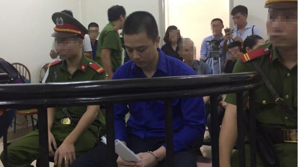 Lời tâm sự đau lòng của vợ cán bộ ngân hàng dâm ô bé gái 8 tuổi ở Hà Nội