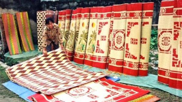 Hưng Hà (Thái Bình): Chiếu làng Hới cái nôi của nghề dệt chiếu