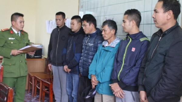 Công an huyện Vũ Thư bắt quả tang 8 đối tượng đánh bạc, thu giữ gần 100 triệu đồng