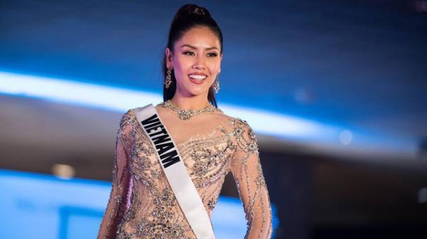 Ngắm loạt ảnh nóng bỏngcủa người đẹp Thái Bình Nguyễn Thị Loan