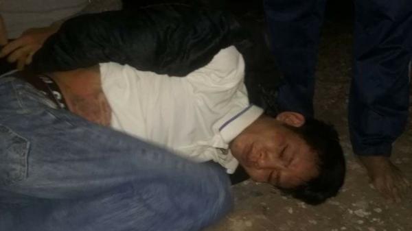 """Thái Bình: Hai đối tượng """"chôm"""" xe máy bị người dân vây bắt"""