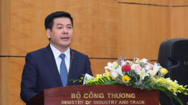 Tân Bộ trưởng Bộ Công Thương Nguyễn Hồng Diên quê Thái Bình: Thuận lợi lắm nhưng gian nan cũng nhiều
