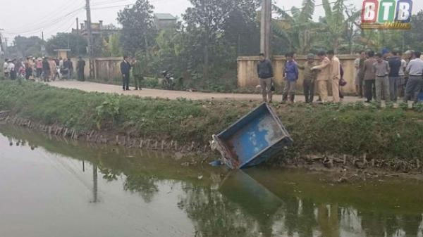 Vũ Thư (Thái Bình): Tai nạn giữa xe mô tô và xe ba bánh tự chế, 3 người thương vong
