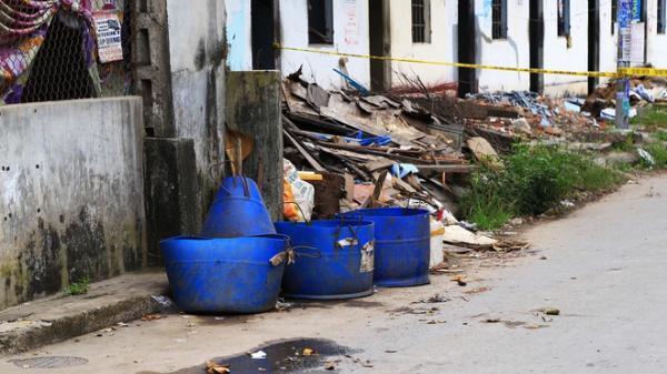NÓNG: Người đàn ông nghi bị sát hại, vứt đầu vào thùng rác