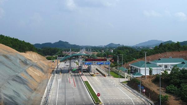 Bộ trưởng: Khẩn trương thu phí đường Thái Nguyên - Chợ Mới