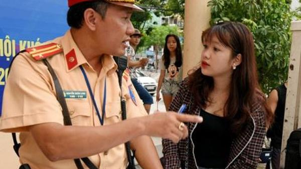 Người dân có quyền được kiểm tra giấy tờ của CSGT