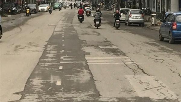 Đường phố nát bươm vì dự án thoát nước thải ở Thái Nguyên