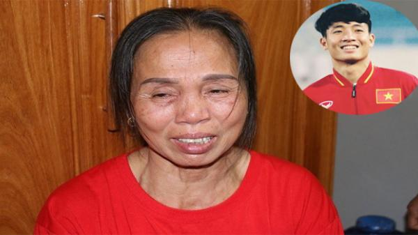 Mẹ Tiến Dũng bật khóc, mẹ Công Phượng xin lỗi, mong khán giả đừng trách móc các cầu thủ sau trận chung kết U23 Châu Á