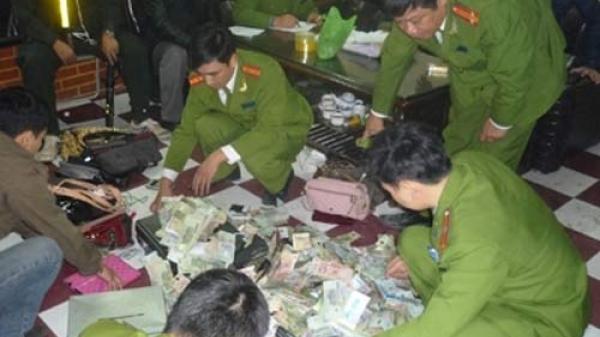 Thái Nguyên: Tạm giữ 6 đối tượng đánh bạc