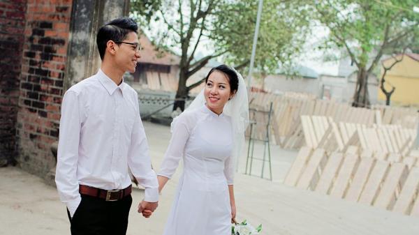 Dân mạng phát sốt với clip 'Mình cưới nhau đi' siêu vui nhộn của cô dâu Thái Nguyên và chàng lập trình viên điển trai