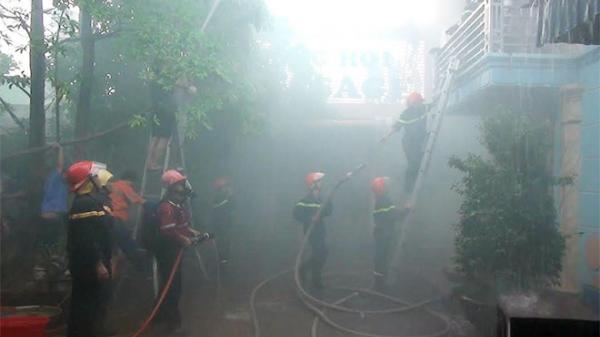 Cháy lớn tại phòng hát karaoke ở Thái Nguyên