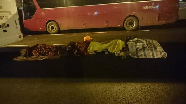 Sự thật hình ảnh hàng loạt người dân nằm ngủ la liệt trên đường, bất chấp xe cộ chạy qua