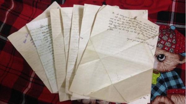 """Cô gái quê Thái Nguyên phát hiện bộ thư tình 20 năm trước của bố mẹ: """"Tán gái phải chất như bố đây này!"""""""