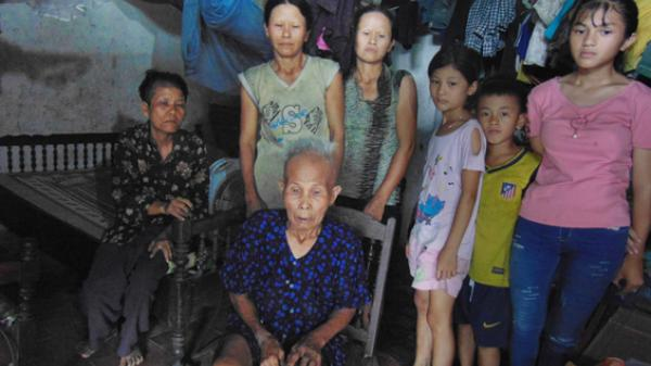 Thái Nguyên: Xót xa cảnh mẹ già gần 80 tuổi nuôi 6 đứa con ngây dại