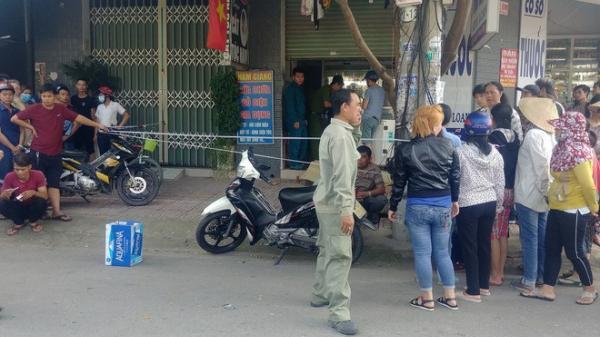 Kinh hoàng: Người đàn ông bán vé số bất ngờ gục ch.ết trước cửa tiệm thuốc tây