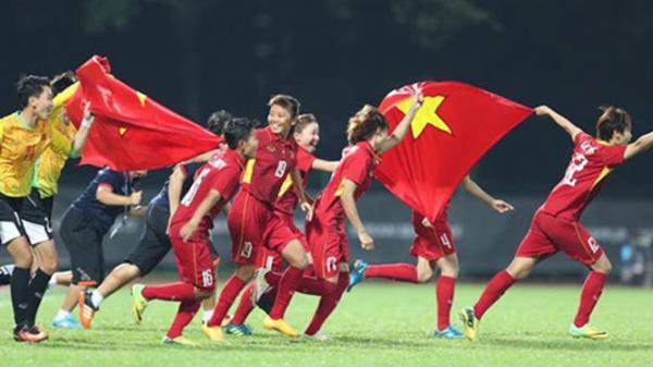Tập đoàn Tuần Châu tặng 600 triệu đồng cho tuyển bóng đá nữ Việt Nam