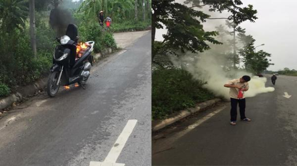 Kinh hoàng: Xe SH bất ngờ bốc cháy giữa đường dữ dội vì lý do không ngờ này