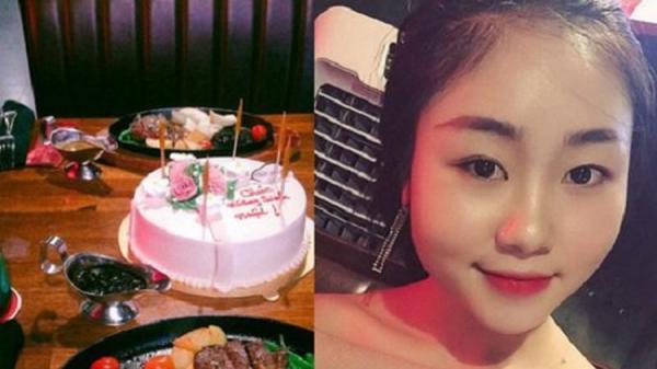 Đã tìm ra cô gái ngồi khóc một mình rồi trút giận lên chiếc bánh sinh nhật vì người yêu cho 'leo cây'