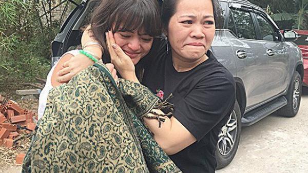 Sau 2 ngày đăng tin tìm kiếm, cuộc đoàn tụ xúc động giữa cô gái Pháp và người thân hé lộ nhiều thông tin bất ngờ