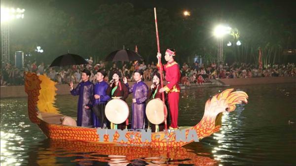 Bắc Ninh không thực hiện tục 'ché.m lợn', cấm 'liền anh, liền chị' nhận tiền thưởng khi hát quan họ