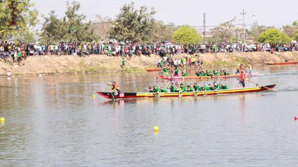 Đắk Lắk: Sôi nổi hội đua thuyền nam truyền thống đầu Xuân