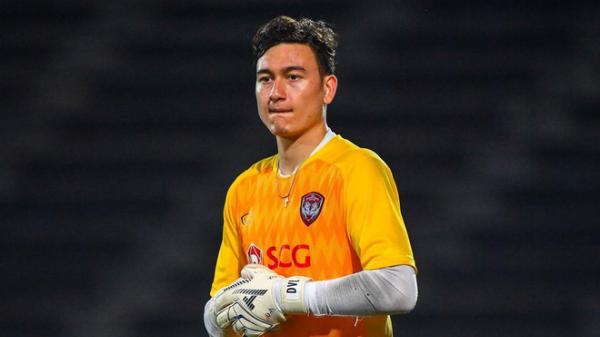 Văn Lâm không ra sân phút nào, Muathong United thua đa.u đớn trên đất Campuchia