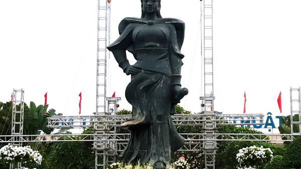 """Lễ hội Nữ tướng Lê Chân, Hải Phòng: Hướng về truyền thống """"uống nước nhớ nguồn"""""""
