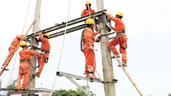 CHÍNH THỨC: Giá điện tăng 8,36% từ hôm nay