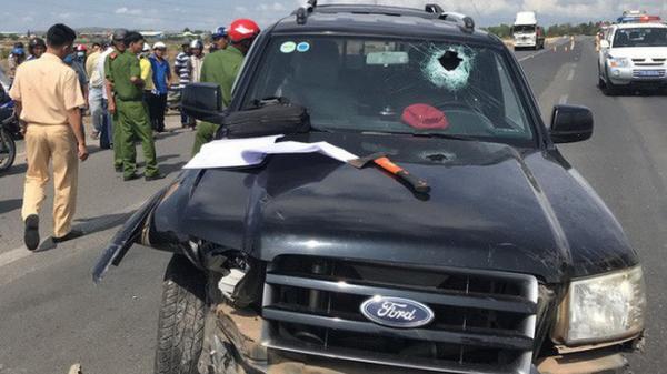 Đại úy CSGT trên xe đặc chủng bị tài xế côn đồ ép, chèn ngã đã qua đời