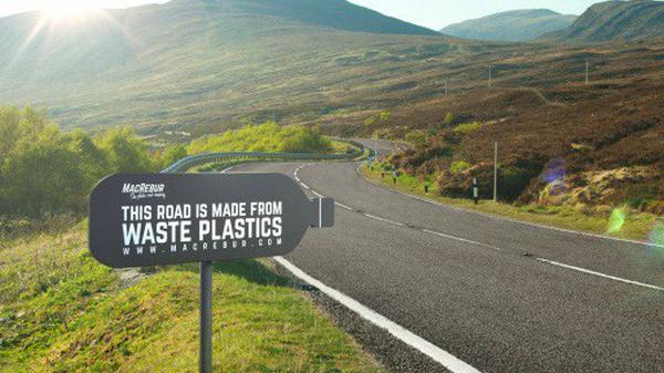 Hải Phòng: Chuyển hoá gần 4 tấn rác nhựa làm 1km đường nhựa