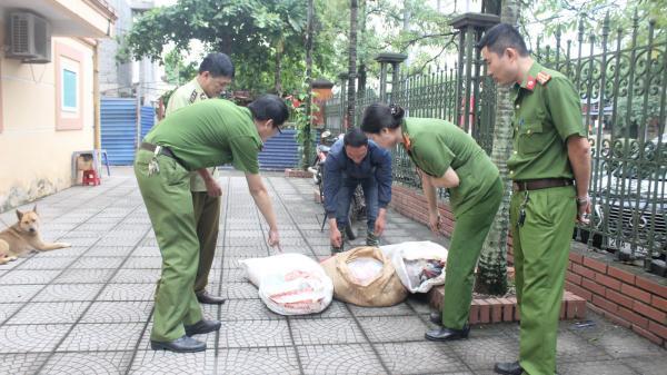 Thái Nguyên: Tiêu hủy 200kg lòng lợn không rõ nguồn gốc