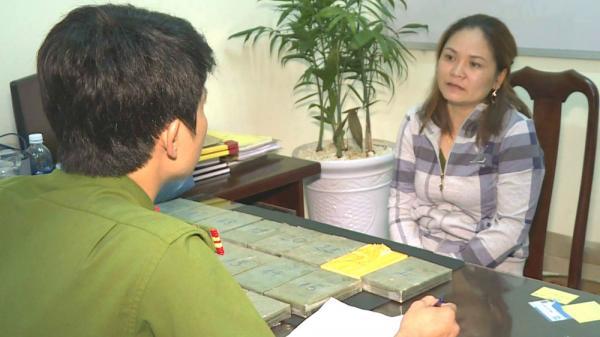 """Đắk Lắk: Hot girl dùng """"chiêu độc"""" vận chuyển 22 bánh m.a tú.y từ Lào về Việt Nam"""