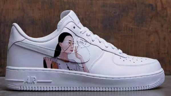 Trendy trên từng ngón chân: Giày 'Chị hiểu hông' vừa lên kệ đã khiến dân tình 'tròn mắt'