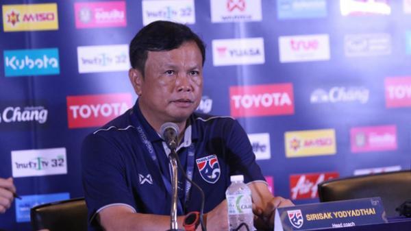 HLV tuyển Thái Lan c.ay c.ú, không chấp nhận là số 2 Đông Nam Á