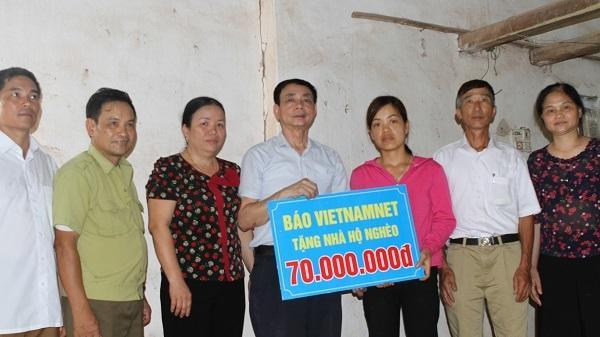 """Trao tặng """"Ngôi nhà mơ ước"""" cho 2 hộ nghèo ở Thái Nguyên"""