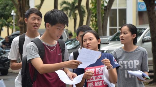 0,9 điểm/môn đỗ lớp 10: Khó theo được chương trình THPT