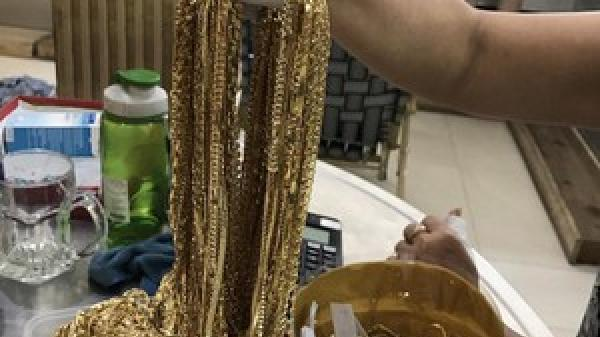 """Bắt giữ """"người dơi"""" quê Bắc Ninh đột nhập, trộm cắp hàng loạt tiệm vàng"""