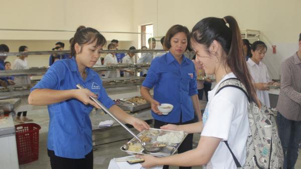 Thái Nguyên: Hỗ trợ hơn 1.000 suất ăn miễn phí cho các thí sinh có hoàn cảnh khó khăn