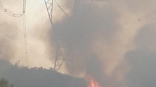 Liên tiếp cháy rừng ở miền Trung, nguy cơ ngắt đôi hệ thống điện Bắc và Trung - Nam